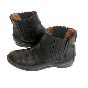 Madewell Black The Classic Tab Chelsea Ankle Boots